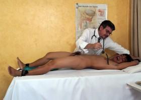 Doctor Tickles – Vahn