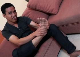 Carlos Feet And Wank