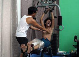 Idol Tickled On The Gym