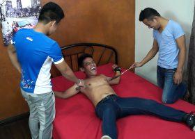 Str8 Boy Trickx Tickle Handjob