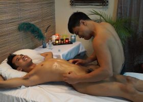 Gilbert's Erotic Tickling Massage