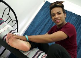 Str8 Boy Derik Foot Tease