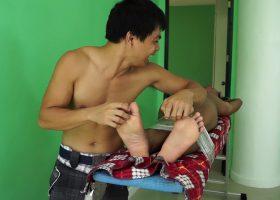 Dungeon Tickle Fantasy With Josh