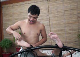 Vahn Ties and Tickles Andrew